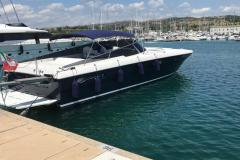 Itama-54-charter-yacht-6