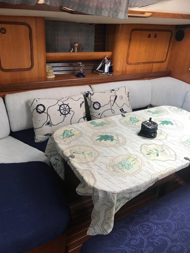 charteryacht-oceanis-50-8