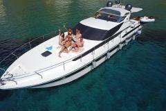Pershing-52-noleggio-charter-yacht-10