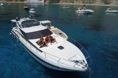 Pershing-52-noleggio-charter-yacht-2