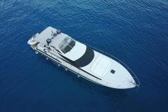 Pershing-52-noleggio-charter-yacht-4