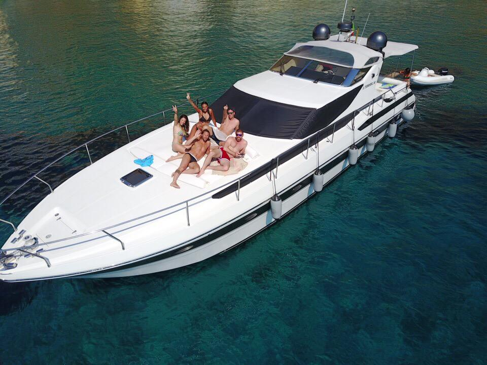 Affitto yacht Circeo Pershing52